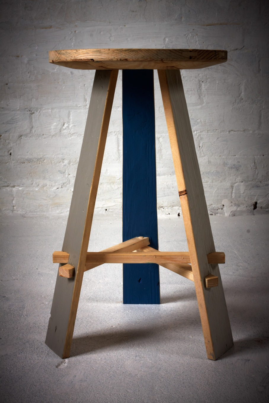 MADE-IN-PECKHAM_Gowlett-Stool_side-view