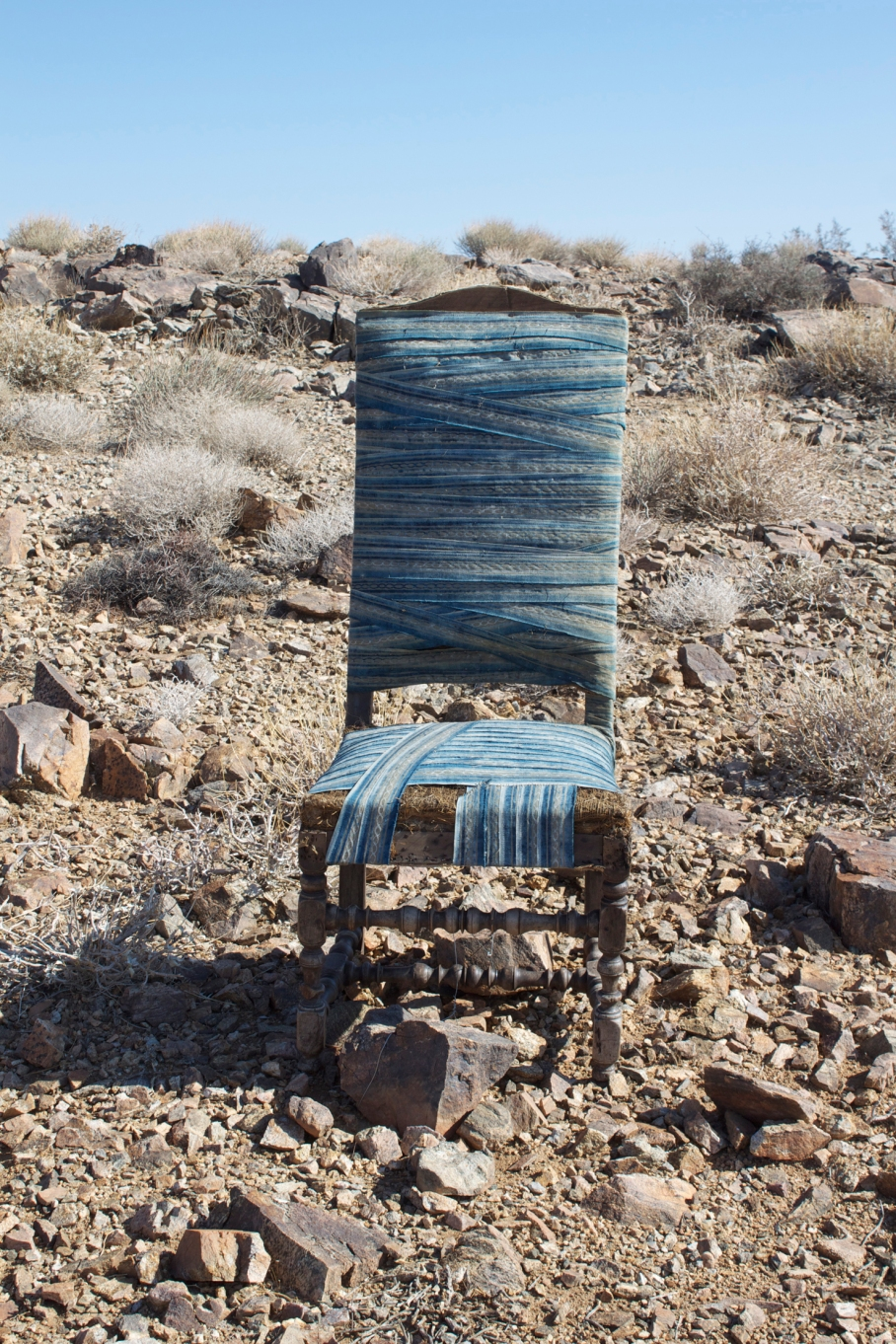 GLS_CR_8Chairs_Fortuny_JoshuaTree